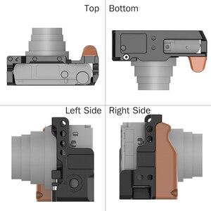 Image 3 - UURig Metall Kamera Vlog Käfig für Sony RX100 VI/VII Dual Kalt Schuh Ganz Release Platte mit Holz Handgriff 1/4 schraube Zubehör