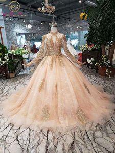 Image 1 - Mangas completas vestidos de baile luxo muçulmano rosa alta pescoço renda miçangas pérola vestido baile 2020 noite formal festa caminhada ao lado de você