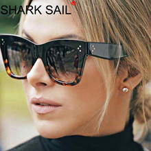 SHARK SAIL Kim Kardashian Sunglasses Lady Flat Top Eyewear Lunette Femme Women Luxury Brand Rivet Sun Glasse UV400