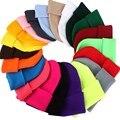 Однотонные зимние шапки-бини для мужчин и женщин теплые вязаные головные уборы Skullies шляпа осенние шапки-унисекс шапки для мальчиков и девоч...