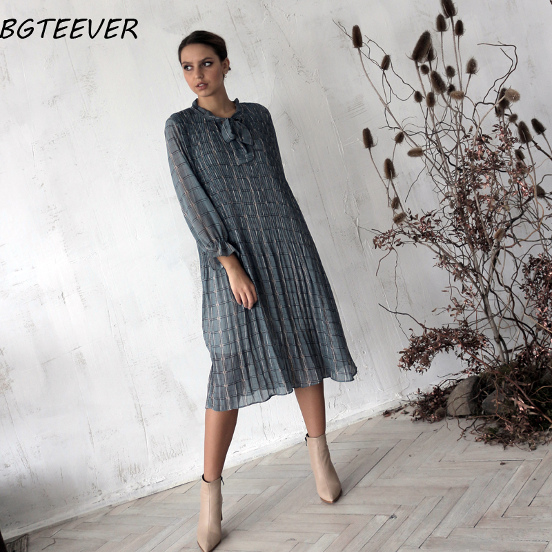 BGTEEVER Chic Bow Neck Plaid Dress Women 2020 Spring Flare Sleeve Lace-up Pleated Mid-calf Dress Female Chiffon Vestidos femme 2