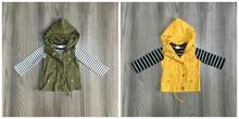 Otoño/Invierno niñas de algodón de manga larga Camiseta superior de oliva mostaza chalecos y tapas de rayas con capucha raglans ropa de niños abrigo