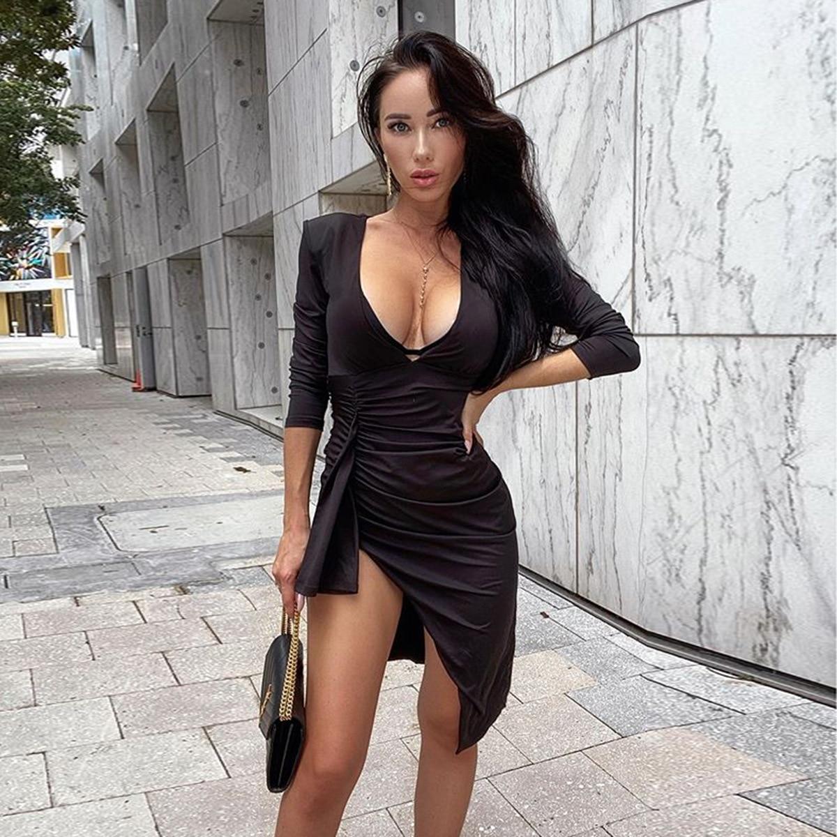 Mini robe rouge plissée à manches longues, Sexy, col en v, hanche irrégulière, boîte de nuit, Slim, noir, coupe basse, automne