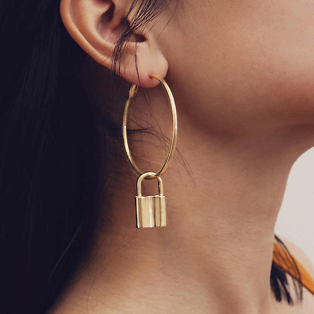 Punk exaggerated geometry big ring earrings spectacular lock earrings female accessories accessories manufacturers wholes