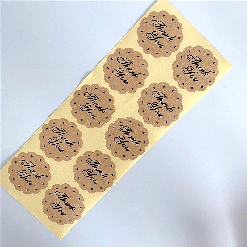 "Купить с кэшбэком 100 Pcs Round ""Thank you"" Kraft Paper Seal Sticker For Handmade Products DIY Self-adhesive Cake Packaging Label 3Color"