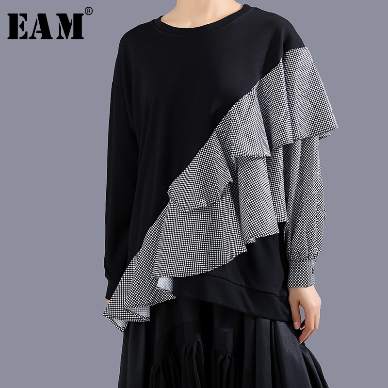 [EAM] Loose Fit Black Plaid Ruffles Split Sweatshirt New Round Neck Long Sleeve Women Big Size Fashion Tide Spring 2020 1R066