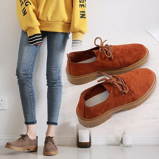 2020 סתיו חדש נעלי נשים שטוח מרטין מגפי נעליים יומיומיות אישה האופנה אוקספורד רטרו אלגנטי שרוכים החלקה