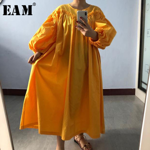 [EAM] Women Yellow Pleated Big Size Dress New Round Neck Long Lantern Sleeve Loose Fit Fashion Tide Spring Autumn 2020 1S927