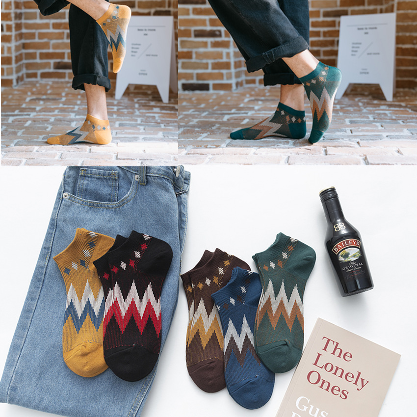 Men Socks 2020 Spring New Fashion Ankle Socks Male Vintage Cotton Printed Socks Korean Style Color Casual Fashion Sock 1 Pair