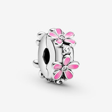 2020 Spring New Arrival 100% S925 Silver Beads Pink Daisy Flower Clip Charm Fit Original Pandora Charm Bracelet Gift charms blue daisy flower charm 100