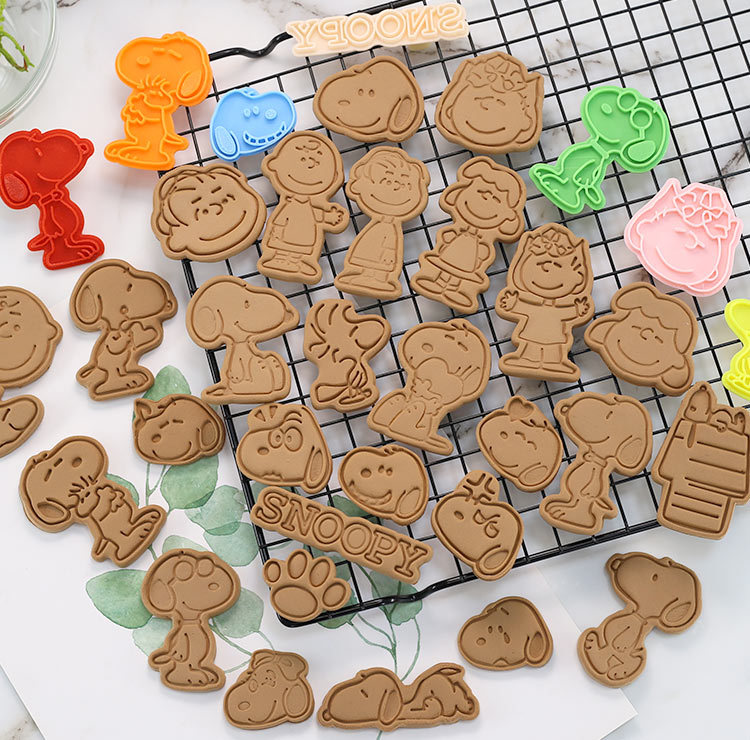 2.48US $ 27% OFF New Arrival Cute Cartoon Dog Biscuit Molds DIY Cartoon Fondant Cookie Baking Tool C...
