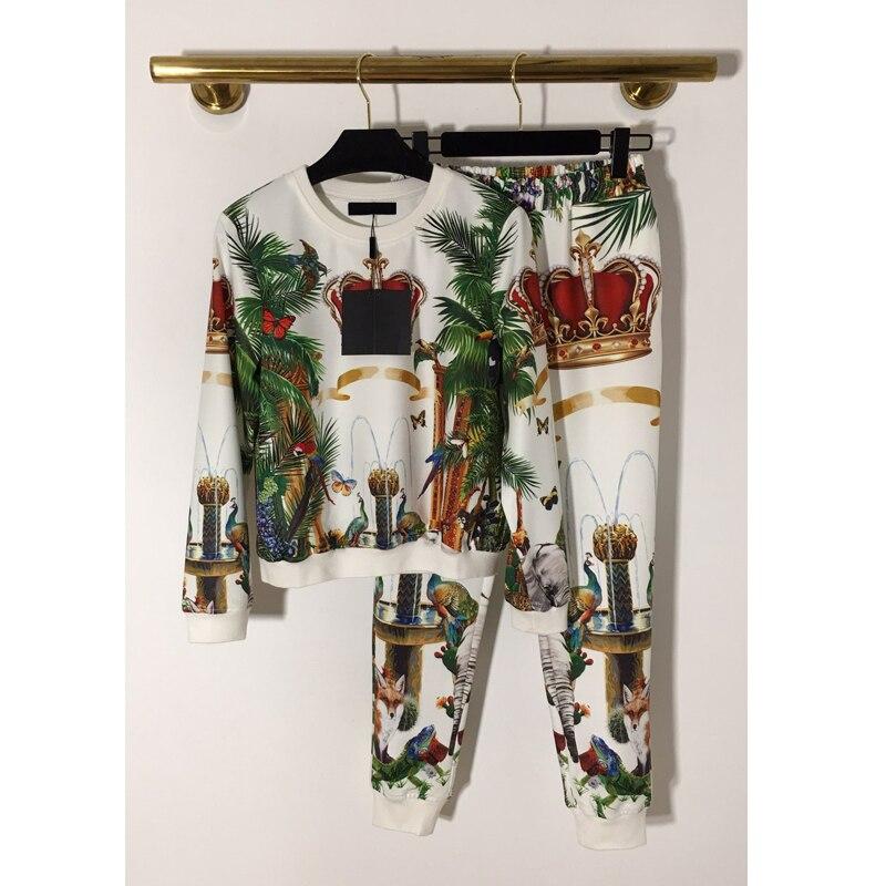 11.14   Winter New Heavy industry Crown Beading animal print long sleeve hoodies + Elastic Waist Small feet pants casual suit