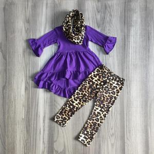 Image 2 - Mới Mùa Thu/Mùa Đông cho bé bé gái 3 miếng khăn trẻ em quần áo mù tạt da báo Đầm Top tay dài in trang phục xù boutique