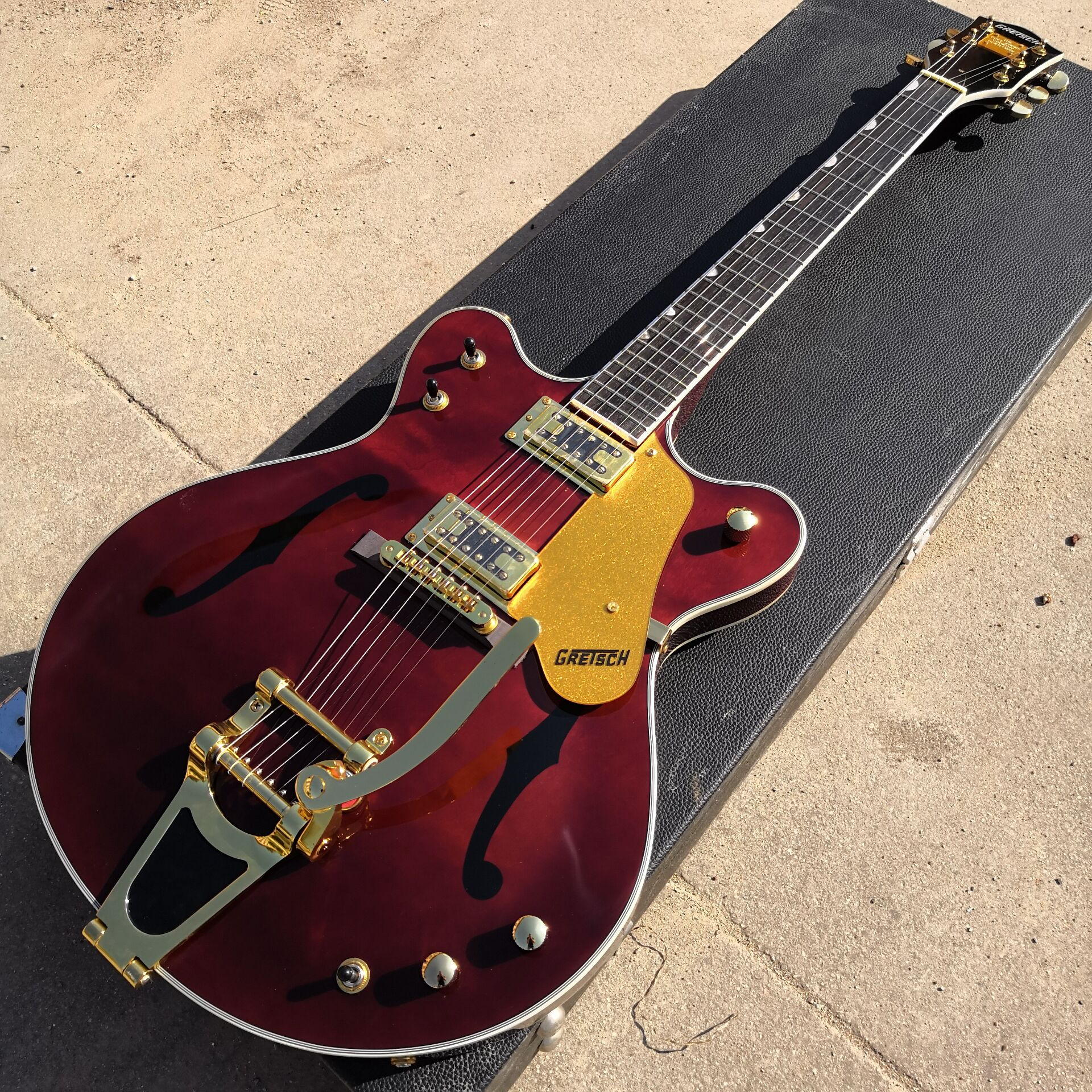 Red wine Electric Guitar With Gold Hardware free shipping image