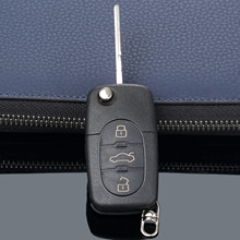 3 Knoppen Afstandsbediening Folding Flip Key Shell Case Cover Voor Audi A2 A3 A4 A6 A8 Tt CR2032 Auto Vervanging fob Case Blank Blade