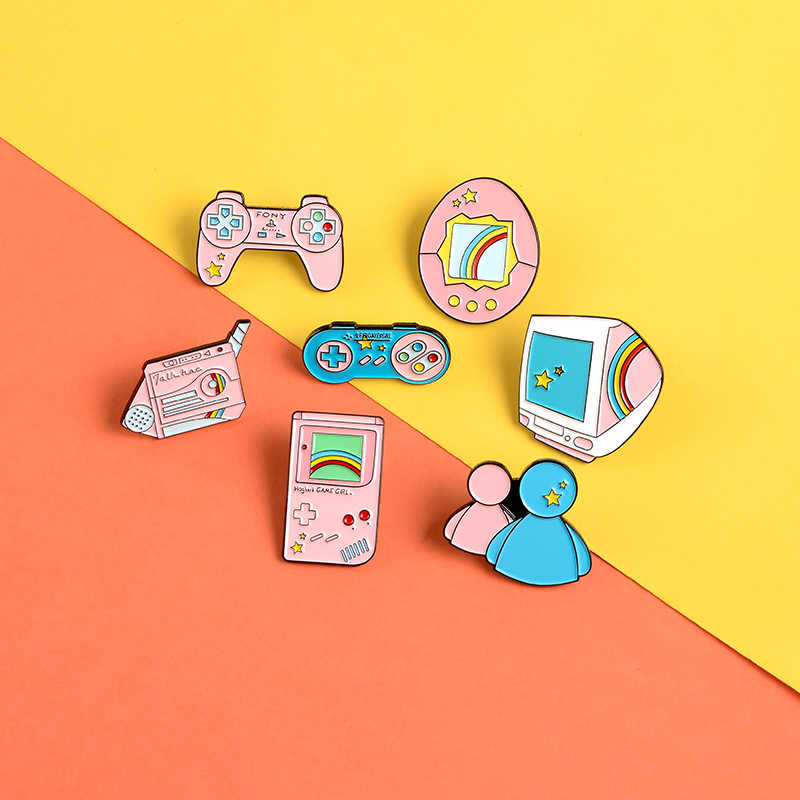 Game machine enamel pin Cute cartoon pink gamepad projector badge brooch Jackets shirt bag Lapel pin jewelry gift for game lover