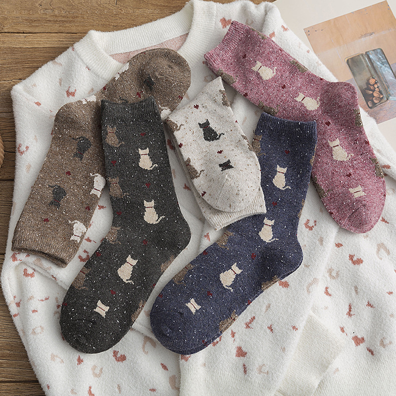 Cartoon Creative Women Socks Trend Printing Winter New Thick Socks Personality Comfortable Breathable Warm Crew Socks Female