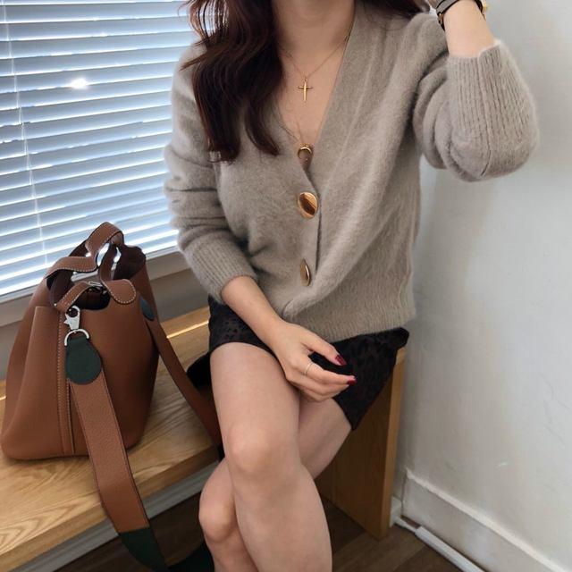 Mooirue Autumn Women Soft White Knitted Cashmere Sweater Double Button Women Warm Jumper V-Neck Winter Sweater 53