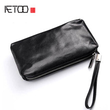 AETOO Hand bag mens soft leather retro casual long wallet mens first layer leather mobile phone bag