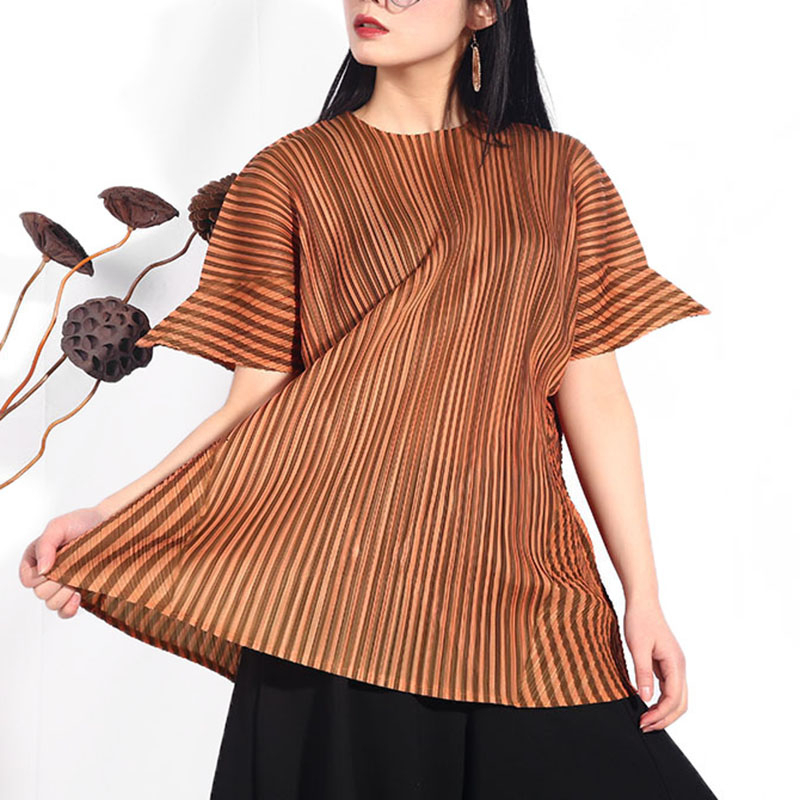 [EAM] Women Apricot Brief Pleated Big Szize T-shirt New Round Neck Short Sleeve  Fashion Tide  Spring Autumn 2020 JG576