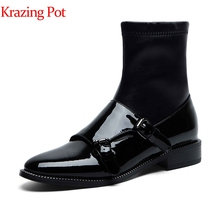 Krazing pot 2019 couro de vaca dedo do pé redondo saltos baixos botas chelsea deslizamento na pista fivela decoração artesanal estiramento ankle boots l58