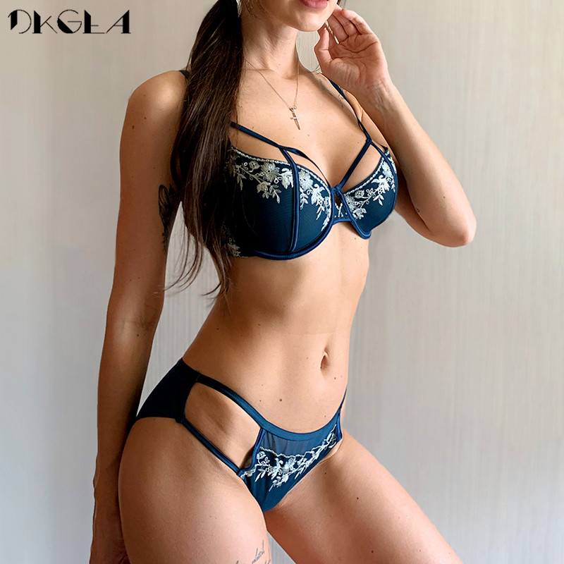 Black Sexy Bra Set Ultrathin Brassiere Transparent Underwear Set Lace Hollow Bras Plus Size B C D Cup Women Lingerie Embroidery