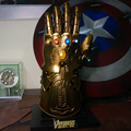 Hot Selling HCMY Thanos Infinity Gauntlet Full Metal 1:1 Wearable Cosplay Glove Statue W/ Stand base LED In Stock