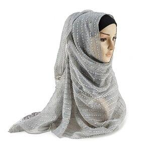 Image 2 - 2019 yeni müslüman dantel altın iplik viskon Hijab 12 renkler nefes yumuşak kadın eşarp damla nakliye