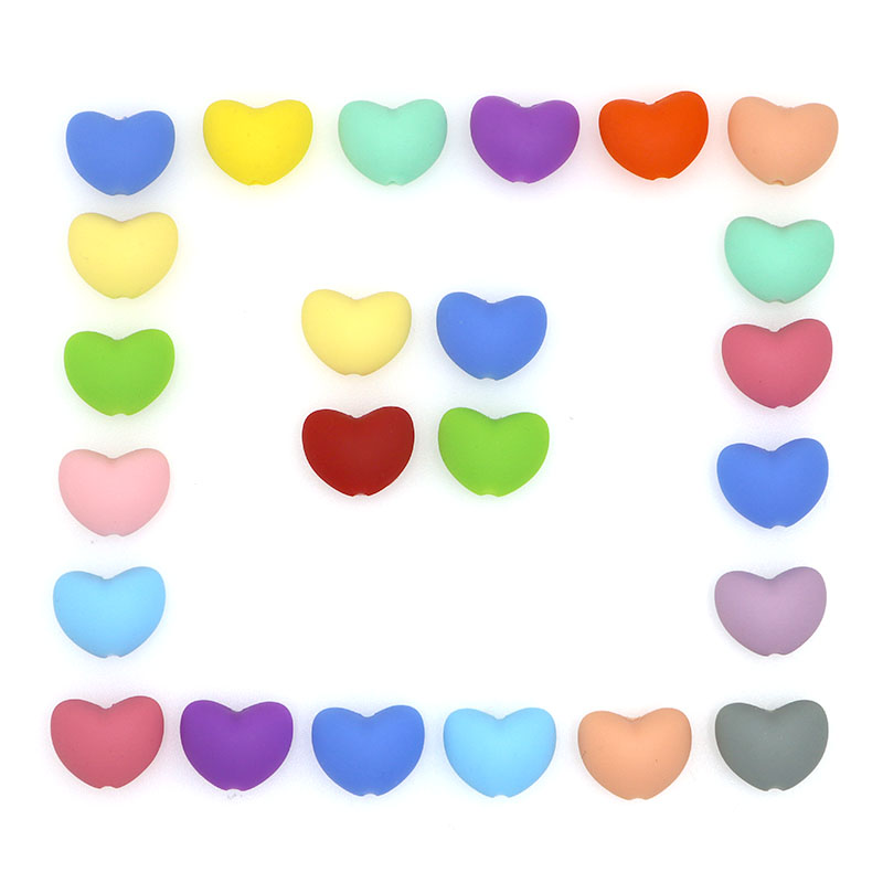 Kovict 30pcs Silicone Beads Heart Shape Charm Teether Baby Teething Jewelry Nursing Baby Oral Care For Pacifier Holder Necklace