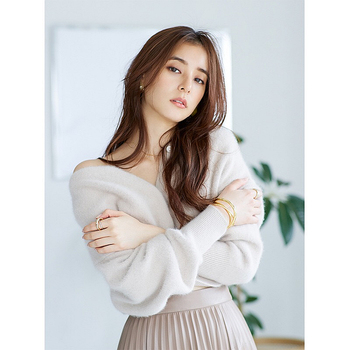 2020 autumn and winter new products plush short lantern sleeves warm knitted cardigan sweater jacket women