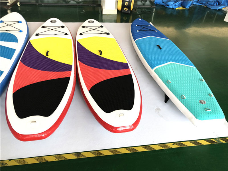 inflatable paddle surfboard