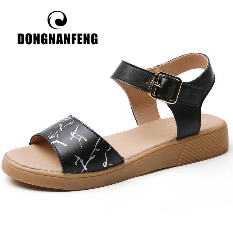 Женская обувь на плоской подошве DONGNANFENG, повседневные пляжные сандалии из натуральной кожи с ремешком с пряжкой, Размеры 35-40, для мам, на лето
