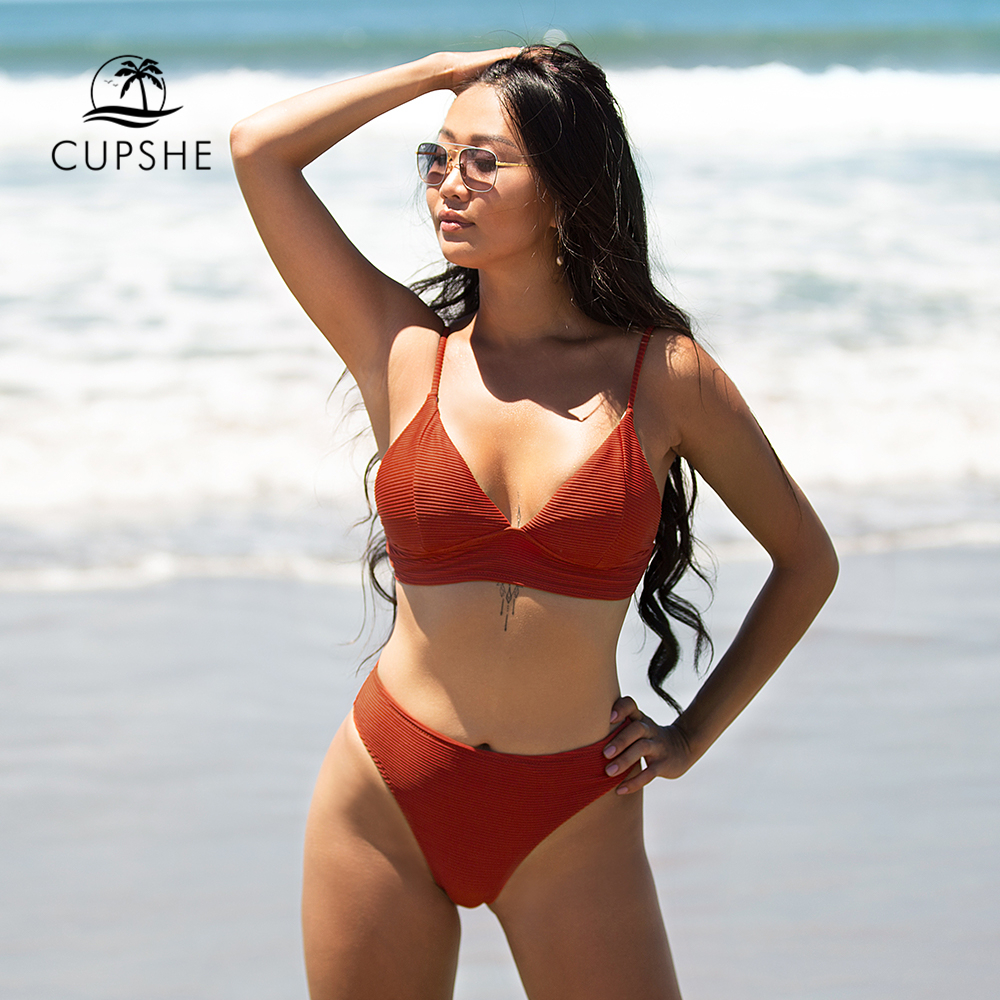 CUPSHE Solid Red Triangle Bikini Sets Sexy Low-waisted Padded Cups Swimsuit Two Pieces Swimwear Women 2020 Beach Bathing Suits