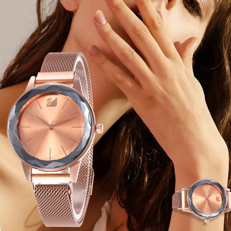 WJ-8556 Luxury Magnet Buckle Quartz Watches For Women Simple Rose Gold Desgin Creative Bracelet Dress Ladies Watch Dames Horloge