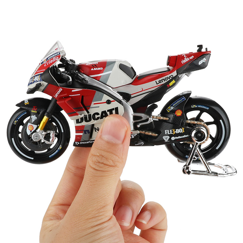 Maisto <font><b>1</b></font>:<font><b>18</b></font> Motorcycle <font><b>Model</b></font> Toy Alloy Racing <font><b>Car</b></font> Mountain Motorbike Desmosedici No.4 Motocross Toys For Children Collection image