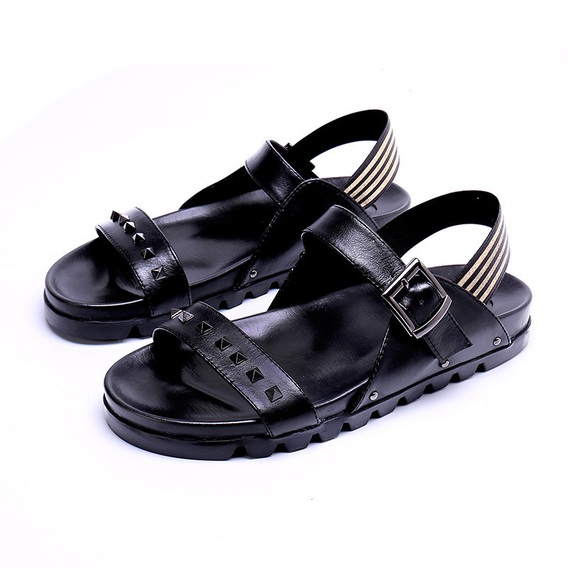 Gladiator Rivets Mens Sandals Hollow Breathable Beach Shoes Flat Comfortable Men Fashion Buckle Strap Genuine Leather Sandals