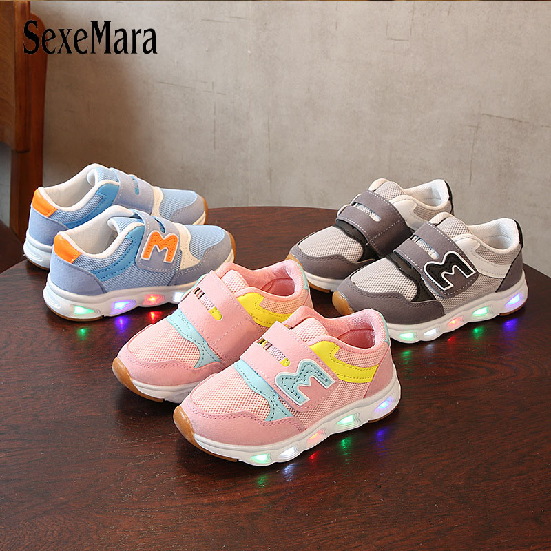 2020 New Children's Shoes Boys With Luminous Sole Sneakers For Girls LED Lights Up  Shoes Mesh Breathable Casual Shoes D01122