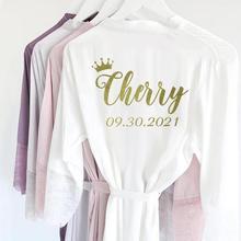 Spersonalizowana seksowna satyna koronki wykończenia Kimono szaty ślubne panna młoda druhna bielizna nocna sukienka Party bielizna nocna dla kobiet
