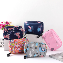 New Fashion Waterproof  Cosmetic Bag Women Necessaire Make Up Bag Travel Waterproof Portable Toiletry Makeup Case 50pcs lot cosmetic bag women necessaire make up bag travel portable dot print makeup case toiletry kits