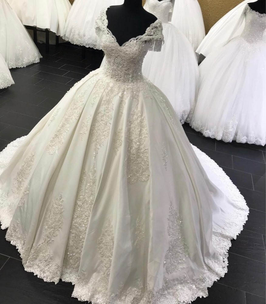 Liyuke Customize  Made A Line Wedding Dress  According To Customer's Request Custom Fee PLEASE CONTACT US BEFORE BUYING