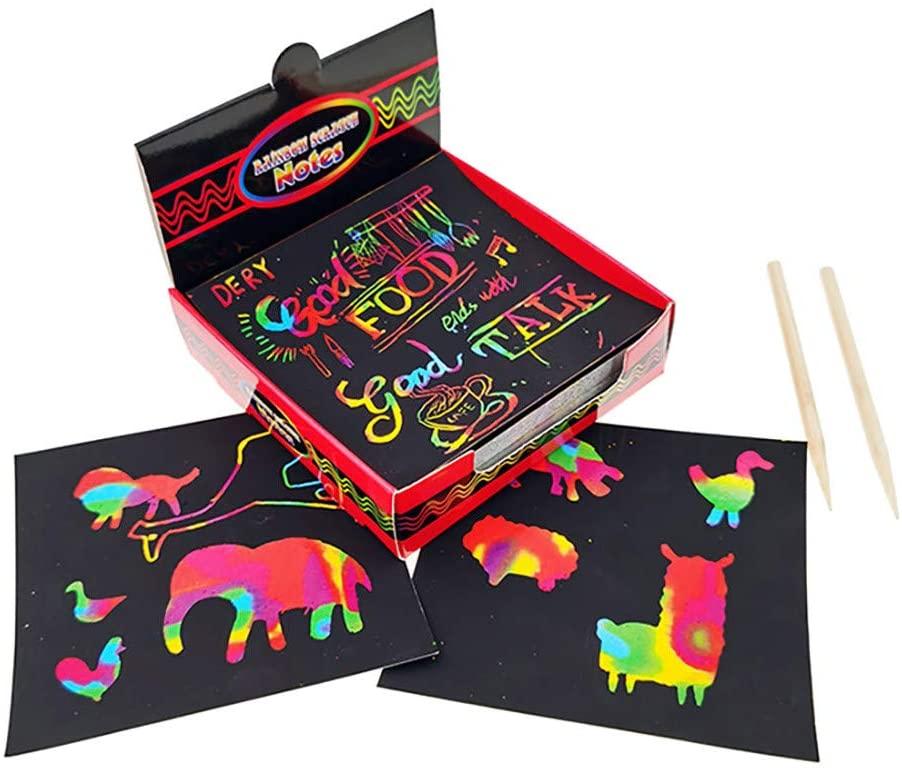 Brinquedos de desenho notas de risco definir a arte do rabisco do risco com papel 100 arco-íris holográfico, 2 estilete, 2 estênceis scratch notas mágicas