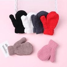 Новое поступление, плюшевые толстые теплые зимние детские перчатки, для мальчиков и девочек, коралловый флис, вязаные перчатки, полный палец, варежки, перчатки для детей
