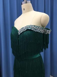 Image 4 - Arabic Wavy Emerald Green Tassel Evening Dress Mermaid Long Crystal Off the Shoulder Elegant Women Formal Prom Dresses in Dubai