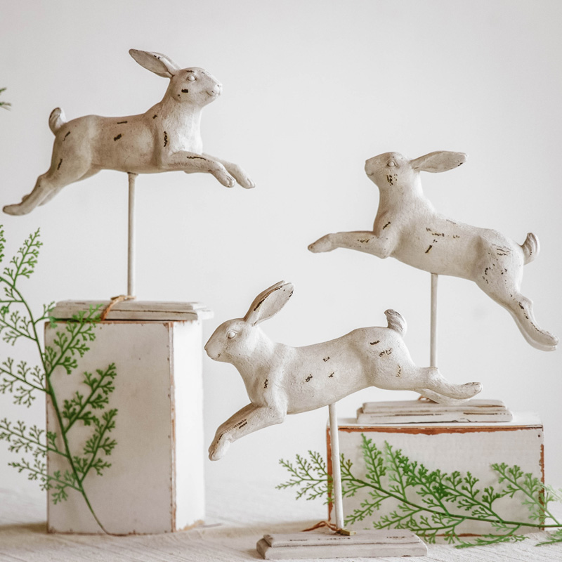 Home Decoration Fashion Jumping Rabbit Sculpture With Stand Ornament Handmade Wedding Decoration Animal Statue Gift Sculpture