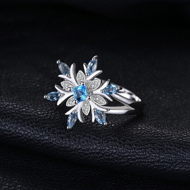 Rings for Women Jewelry Chic Snowflake Ring with Stone Euramerican Blue Zircon Flower Elegant Christmas Gifts anillos Size 6-10