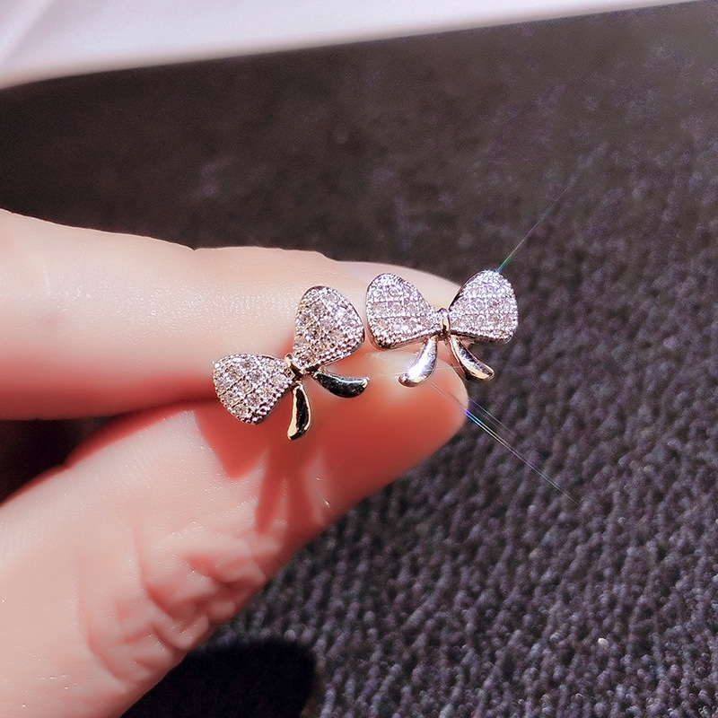 2020 New Sterling Silver Color Cute Bowknot Stud Earrings with Bling Zircon Stone Fashion Jewelry Korean Earrings