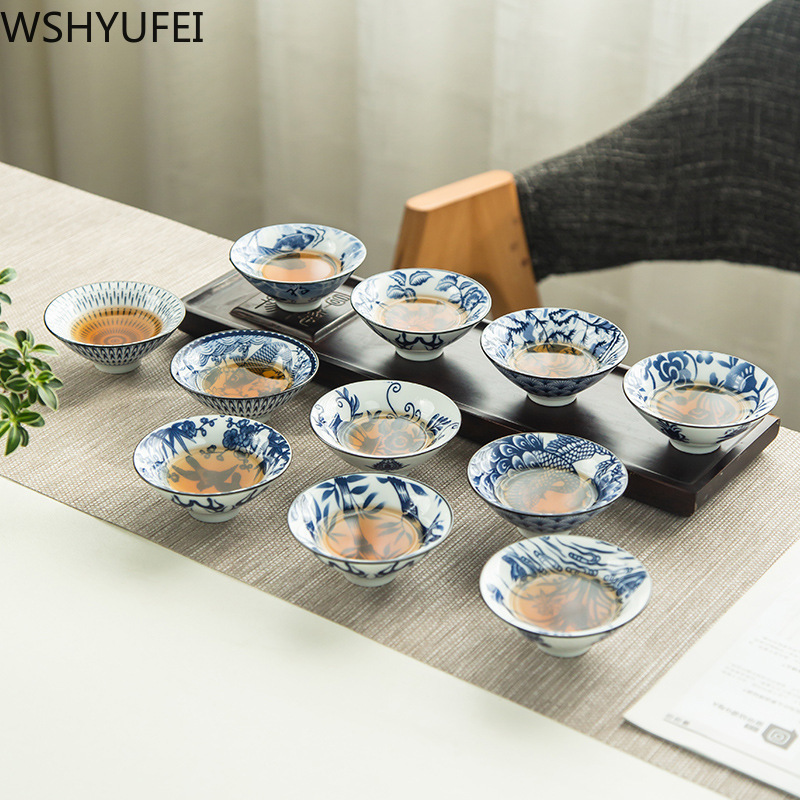 2pcs/lot Chinese Ceramic Tea Cup Kung Fu Tea Set Hand Painted Blue And White Porcelain Household Wine Cup Travel Tea Set