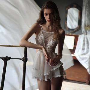 Image 1 - 섹시한 공주 잠옷 여성 레이스 그물 거즈 backless 럭셔리 드레스 란제리 intimates 잠옷 속옷 babydoll