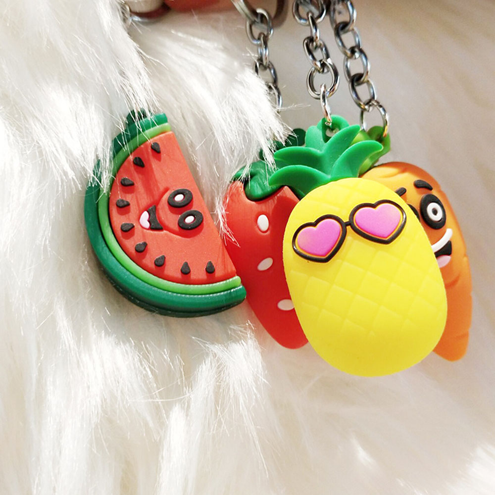 1 Pcs Creative Carrot Pineapple Key Chain Girl Keyring Simulation Fruit Keychains Suitable For Women Or Men Keyring Gifts