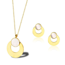 Stainless steel jewelry set high quality woman shell jewelry gold color Dubai African wedding party round jewelry set gift mukun nigerian wedding african beads jewelry set brand bridal jewelry sets woman fashion dubai gold color jewelry set wholesale